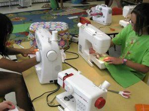 school_sewing1